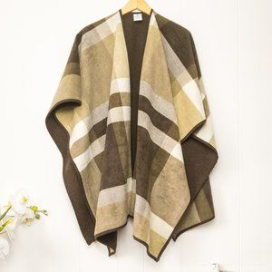 Woolrich Fleece Plaid Reversible Poncho Sweater